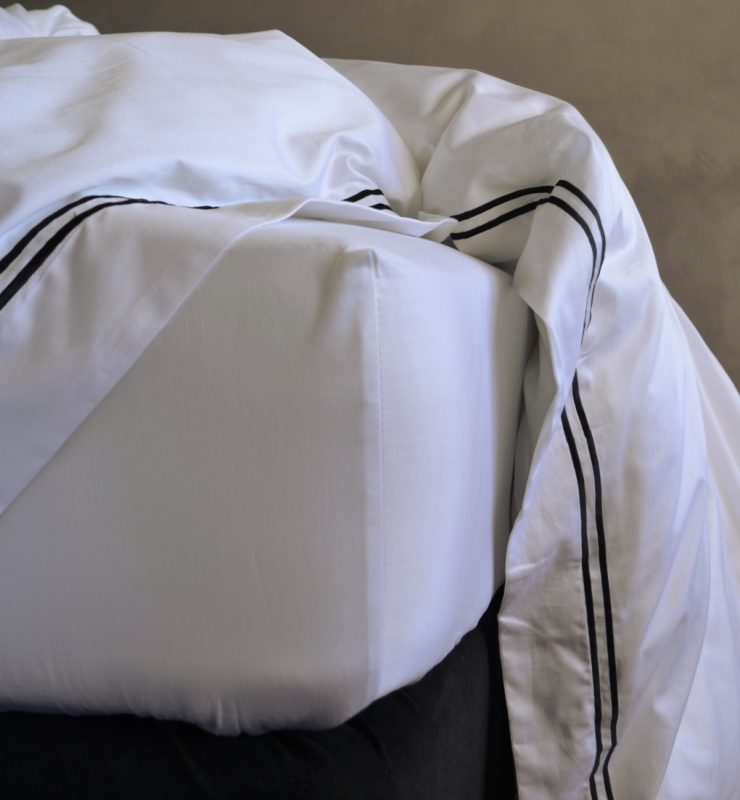 Fitted sheet made from Egyptian Cotton