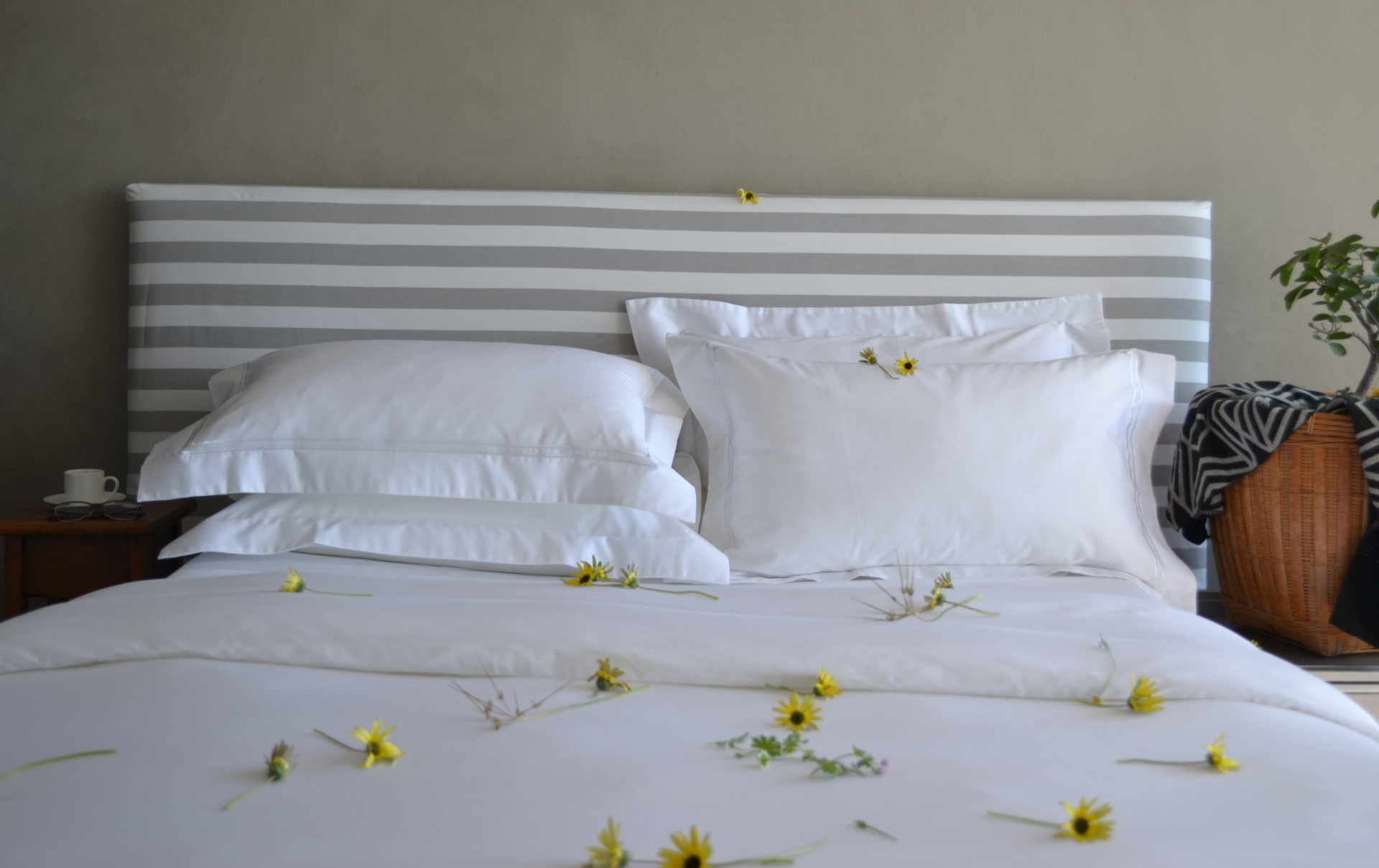 Helpful Tips For Spring Cleaning Your Bed And Bedding
