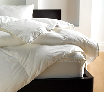 Luxury down alternative duvets and pillows